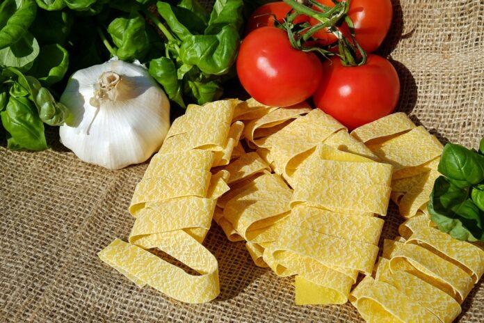 Acidità di stomaco, quali alimenti eliminare e quali invece fanno bene